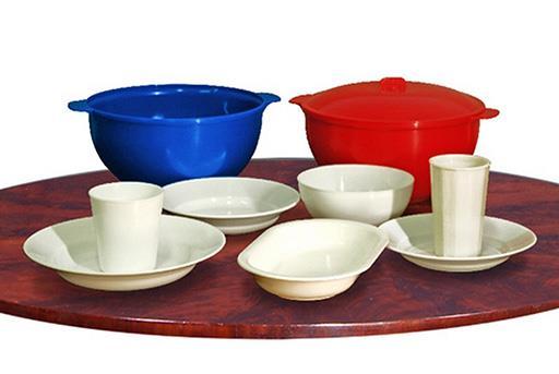 Пластмасовий багаторазовий термостійкий удароміцний посуд