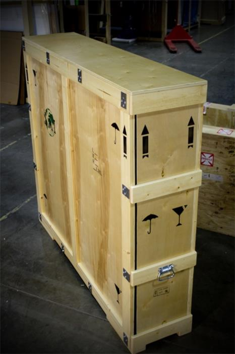 Ящик для пересылки картин из Украины  заграницу
