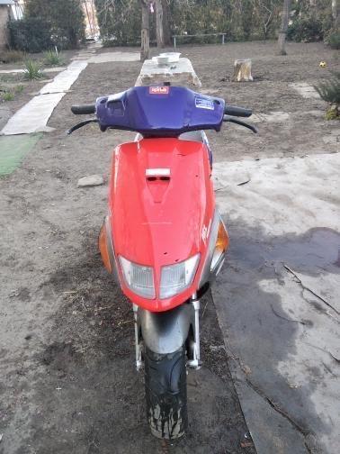 Скутер Aprilia sr50