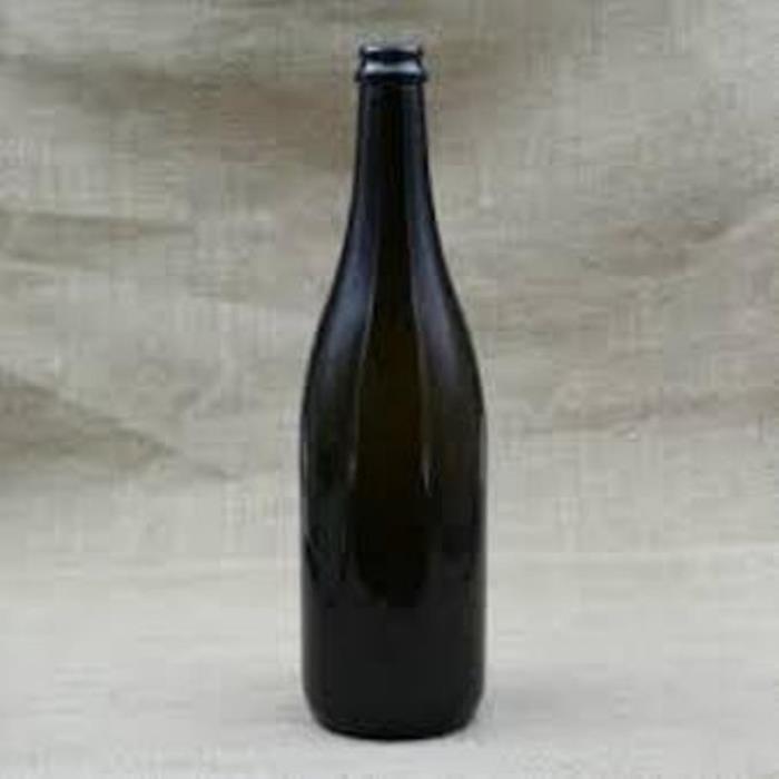 Продам  в  Харькове  бутылки  бу  075 л  30 штук
