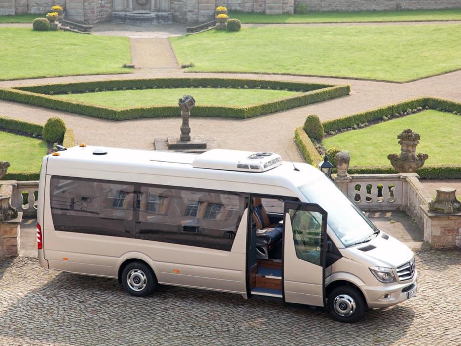 Микроавтобус минивен автобус на свадьбу Днепр