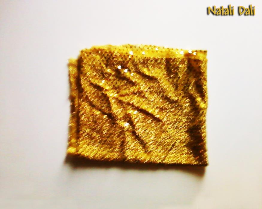 Ткань чешуя трикотаж-блёстки ярко-жёлтая золотая отрез 50x110 см