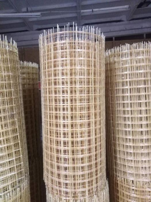 Сетка композитная стеклопластиковая 100х100х3 мм ДАСМЕТАЛ в рулоне