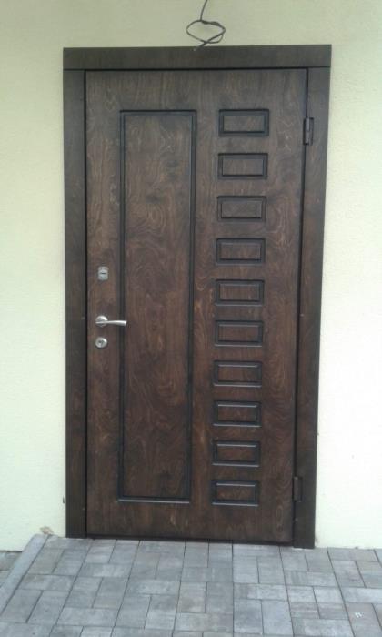 Сварщик по выезду и также  реставрация дверей