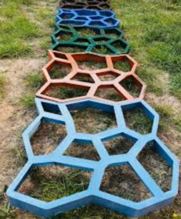 Форма для садової доріжки Вінниця  Садова доріжка з бетону у Вінниці
