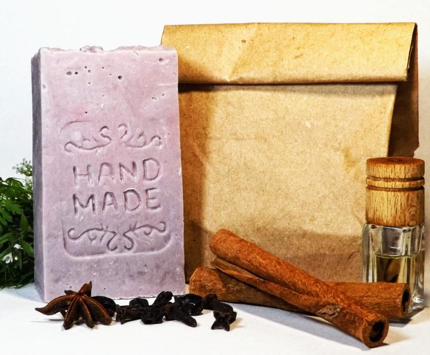 Натуральное мыло ручной работы С эфирным маслом лаванды