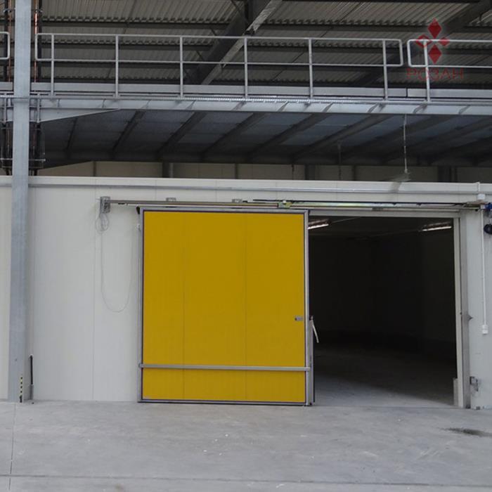 Двери для промышленных холодильных и морозильных камер