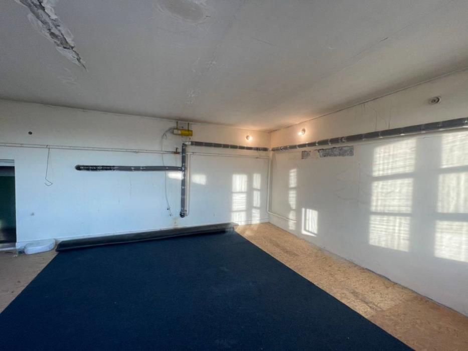 Срочно продам 2-комнатную квартиру на Небесной Сотни Левитана